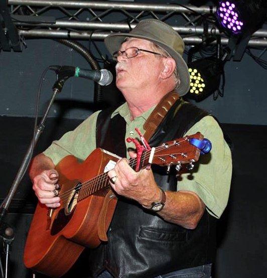 Kirk Felix playing guitar